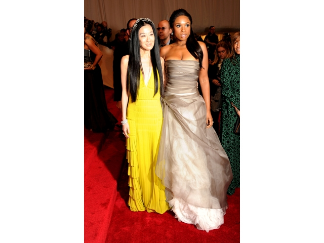 Designer Vera Wang and star Jennifer Hudson attended Monday's gala.