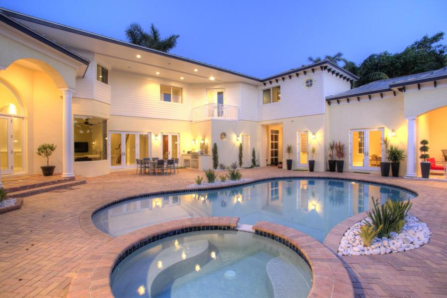 pool home in delray beach,