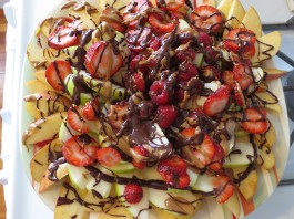 Apple (nut) butter nachos