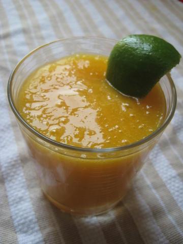 Fresh yemeni mango juice 0