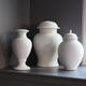 Hawthorne-urns