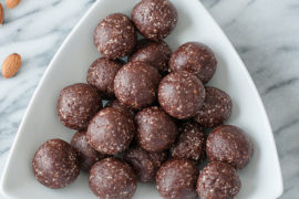 Recipe: Chocolate Almond Energy Balls