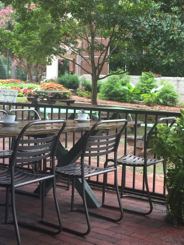 Outdoor patio seating at Pickled Peach Restaurant Davidson NC Shinewithjl