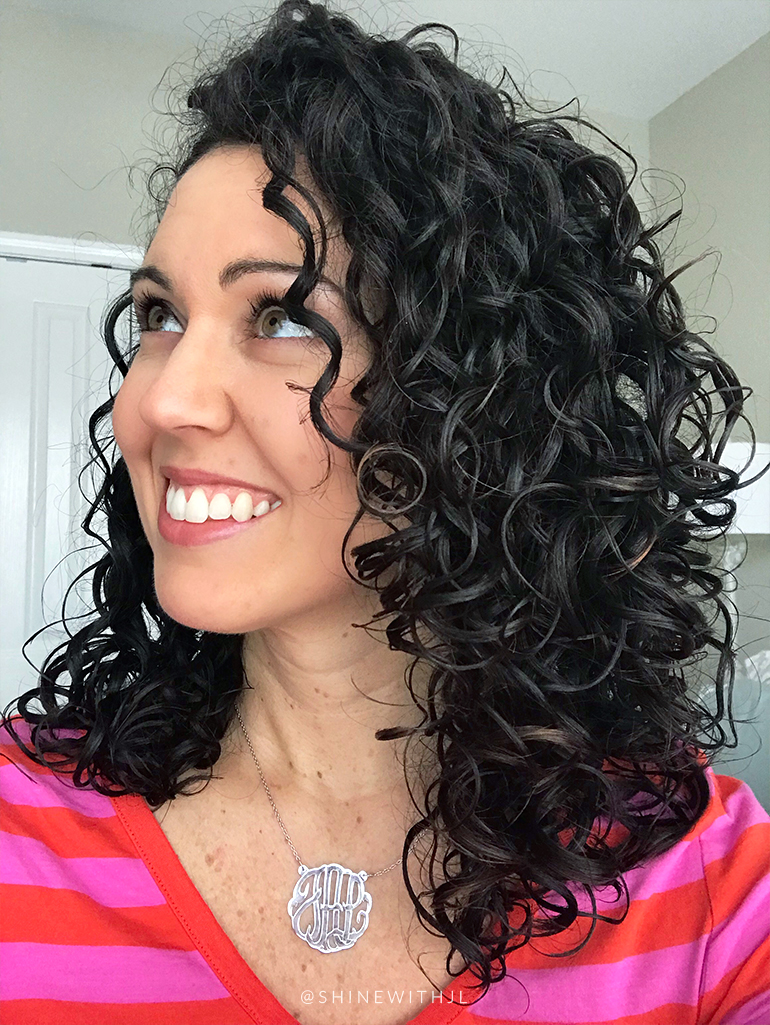 shoulder length natural curly hairstyle