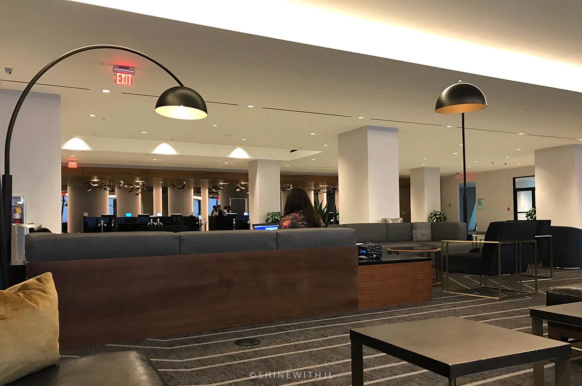 lobby at hilton atlanta