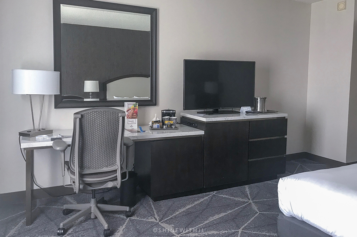 hilton atlanta basic room options