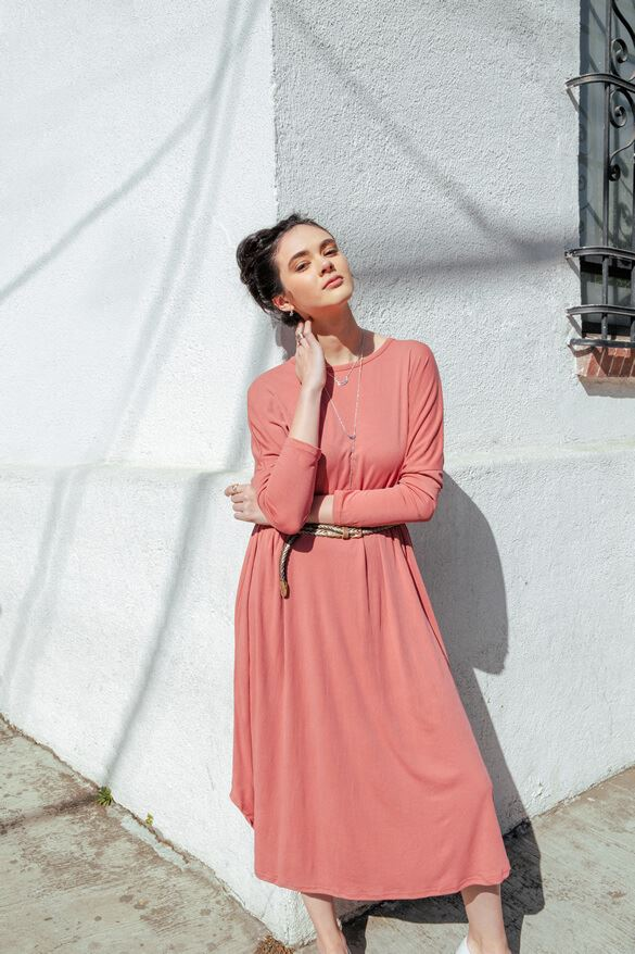 Belt an easy maxi dress for a brunch-ready look in a flash. (Not to mention we're dying for this delicious faded red hue