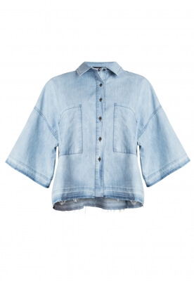MALIBU CHAMBRAY OVERSIZED BUTTON UP SHIRT