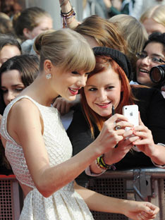 Shoptiques Taylor Swift's Professional Personal Life