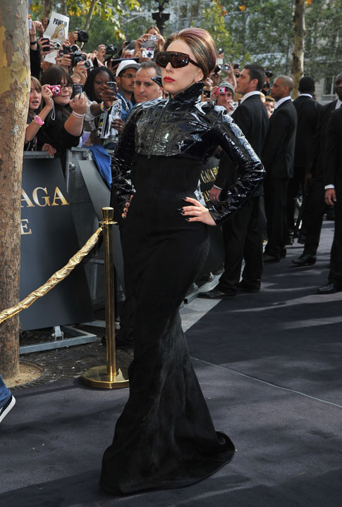 Shoptiques Lady Gaga Takes Pride in New, Fuller Figure