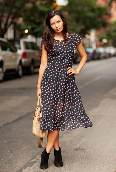 Shoptiques SlideShow The Floral Dress