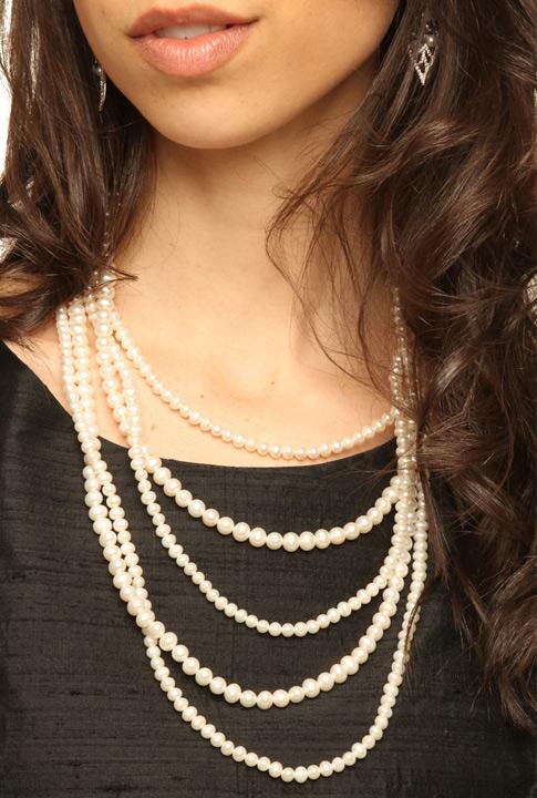 Shoptiques SlideShow Pearls