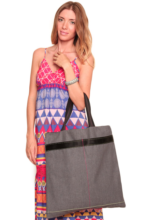 Shoptiques SlideShow Beach Bag