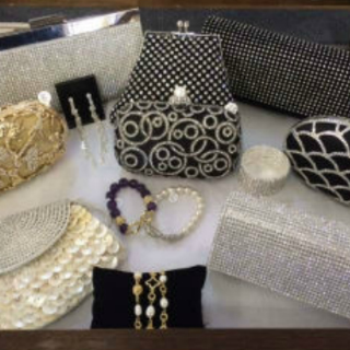 Glitz & Glam Boutique in Palm Beach
