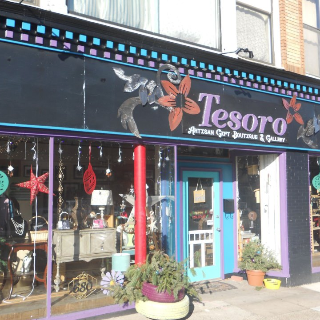 Tesoro Artisan Gift Boutique & Gallery in Connecticut