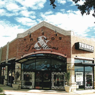 Trends & Traditions Boutique in Austin