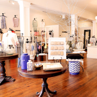 Gin-O Boutique in Franklin