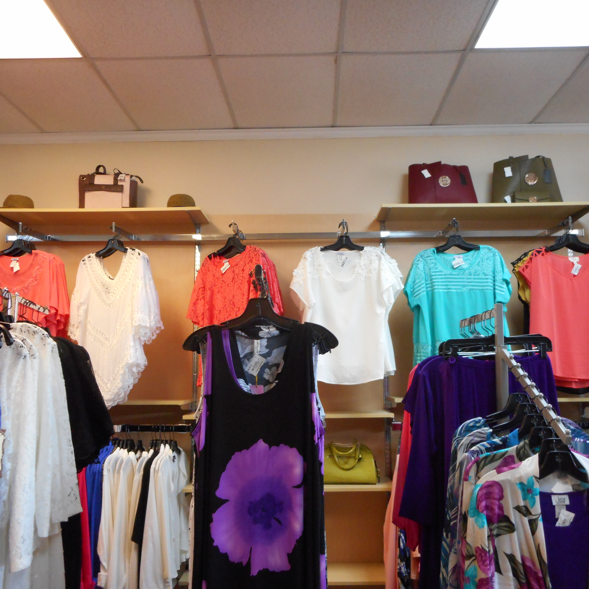 Rozzelles Fashion & Accessories in South Carolina