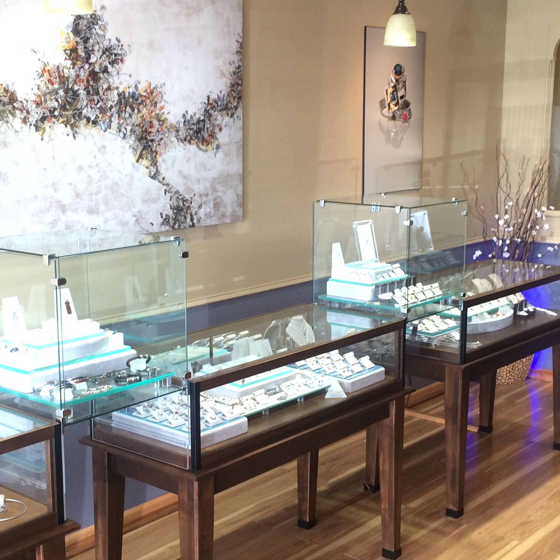 Young's Jewelers  in Oregon