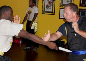 sifu och, sifu och wing chun, knife defense, gun defense, lakeland, florida, fl, gun defense, stick, gun, knife, kung fu weapon classes, weapon classes,