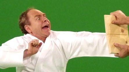 Karate, Karate Fail, Kung Fu, Board break Fail, Fraud, Fake, Pen and Teller