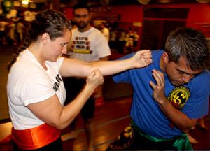 Straight Punch, Karate, Kung Fu, Wing Chun Vs Karate