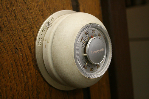 thermostat photo
