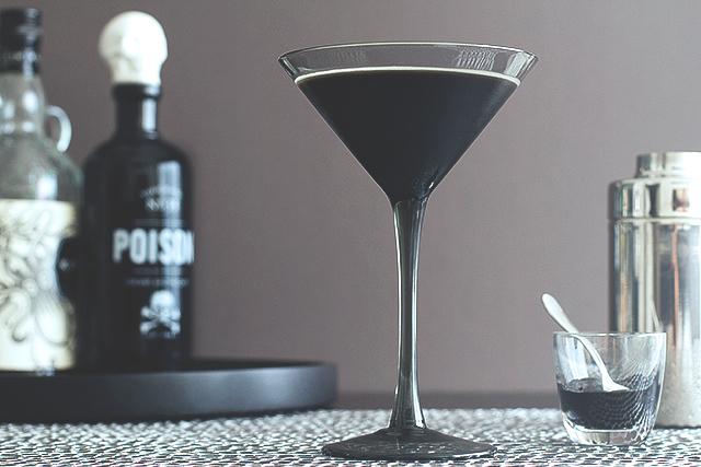 black.beard_.cocktail.recipe.1.1