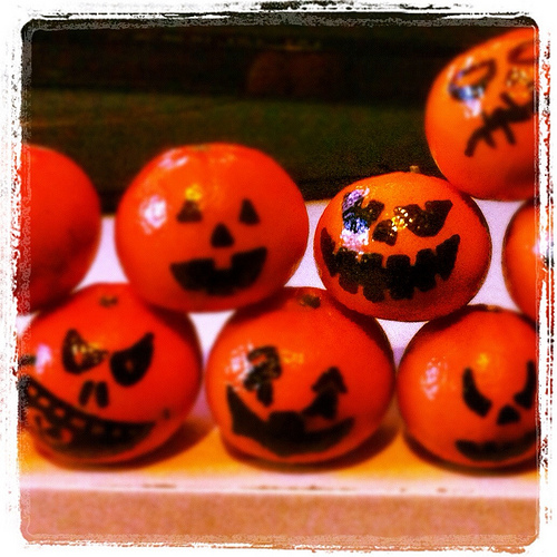 halloween fruit photo