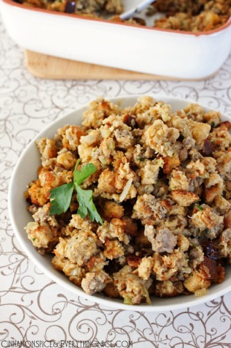 Home-Style-Sausage-Stuffing