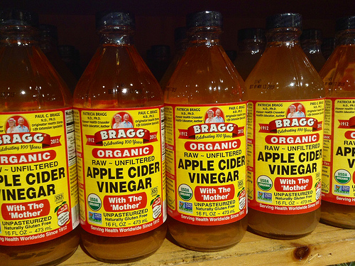 apple cider vinegar photo