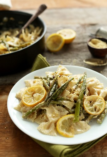 Creamy-Vegan-Lemon-Asparagus-Pasta-Bowtie-pasta-in-a-thick-and-creamy-sauce-with-lemon-roasted-asparagus-BUTTER-FREE-and-Dairy-Free-vegan