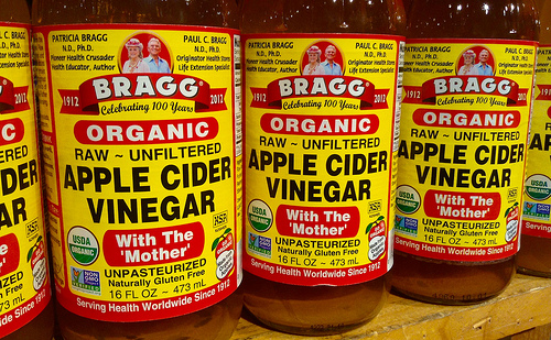 apple cider vinegar photo