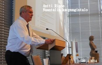 AnttiRinneNaantalinkaupungintalo20140927.jpg