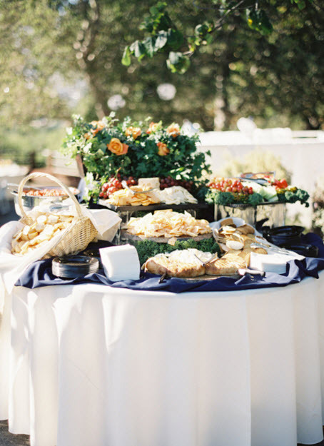 outdoor chic appetizer bar