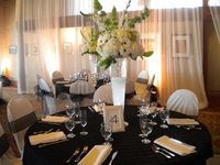 Santa Barbara Restaurant catering an elegant wedding