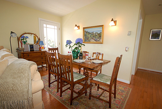 Jasmine Cottage Dining Room