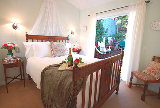 Jasmine Cottage Bedroom