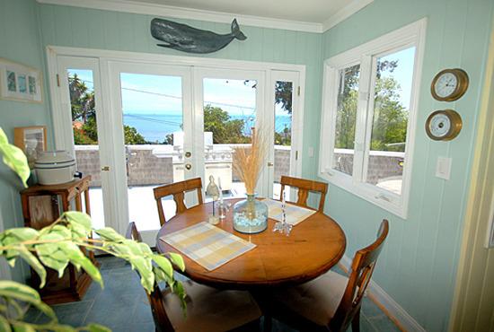 Captain's Cottage Dining Room