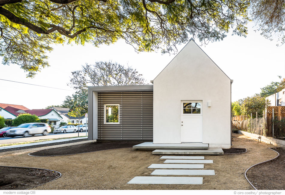 Small contemporary cottages joy studio design gallery for Contemporary cottage design