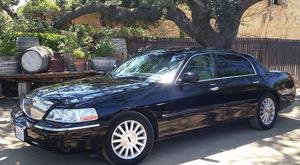 Golden Limo SB Luxury Sedan
