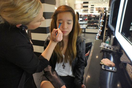 Sephora donates 8 FREE makeovers to the Goleta Boys and Girls Club