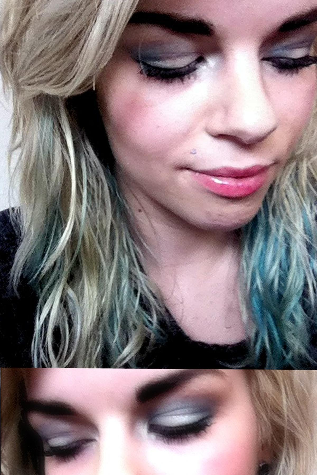 She Got Her Hair Matching Her MakeUp  - image 1 - student project