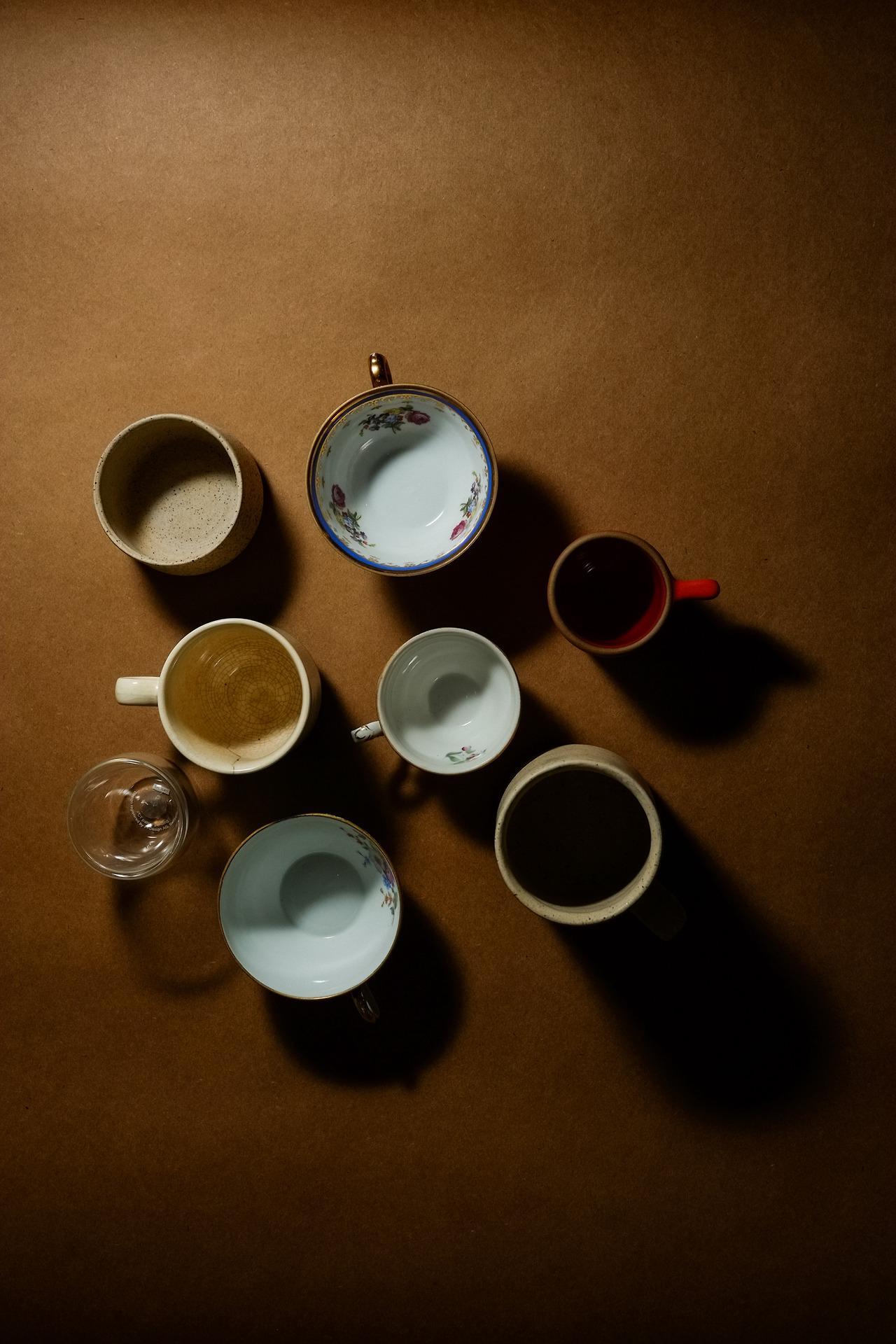 Mugs, Flowers & Orange Cake - image 2 - student project