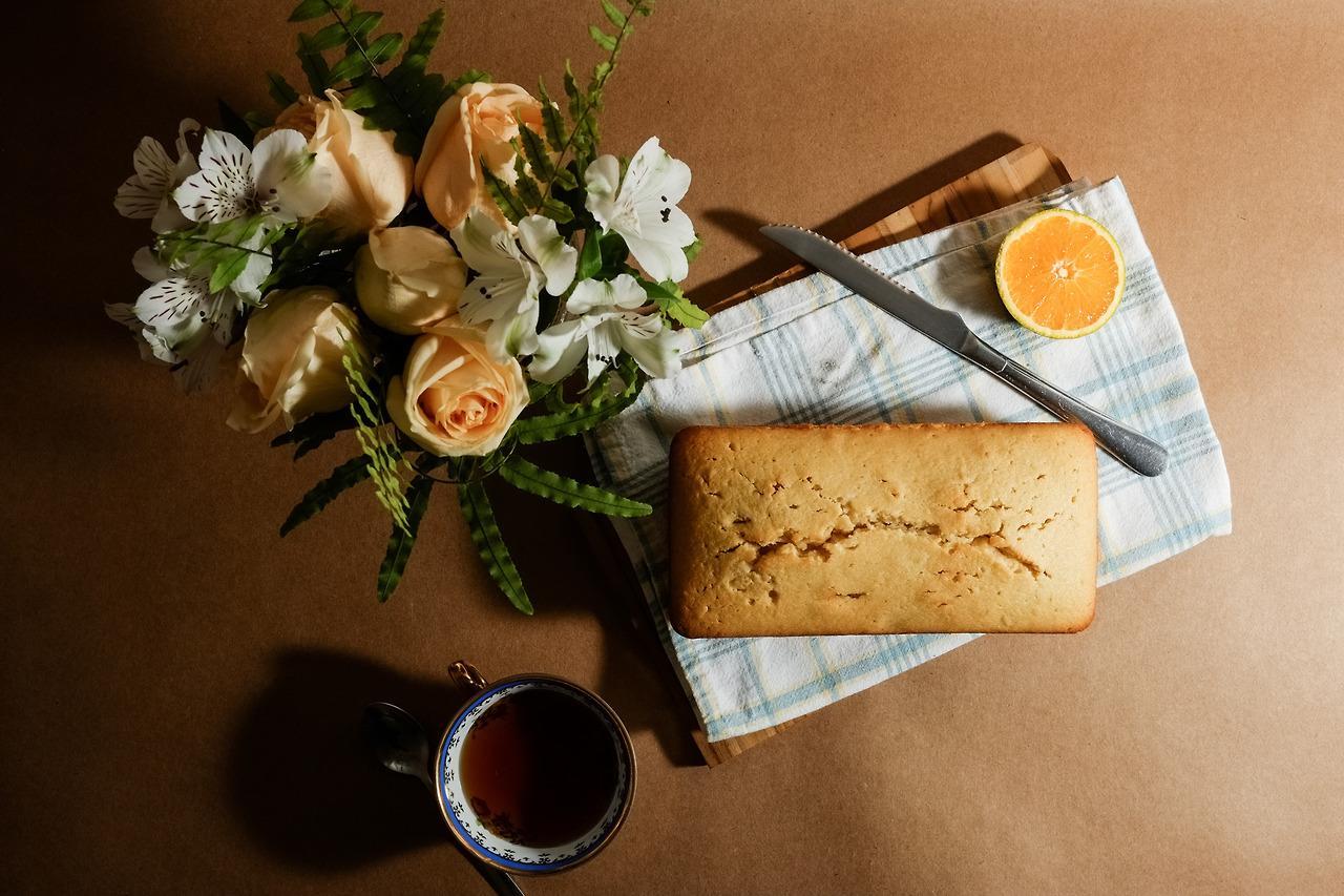 Mugs, Flowers & Orange Cake - image 4 - student project