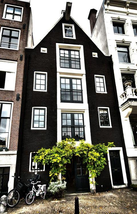 Houses of Amsterdam - image 1 - student project