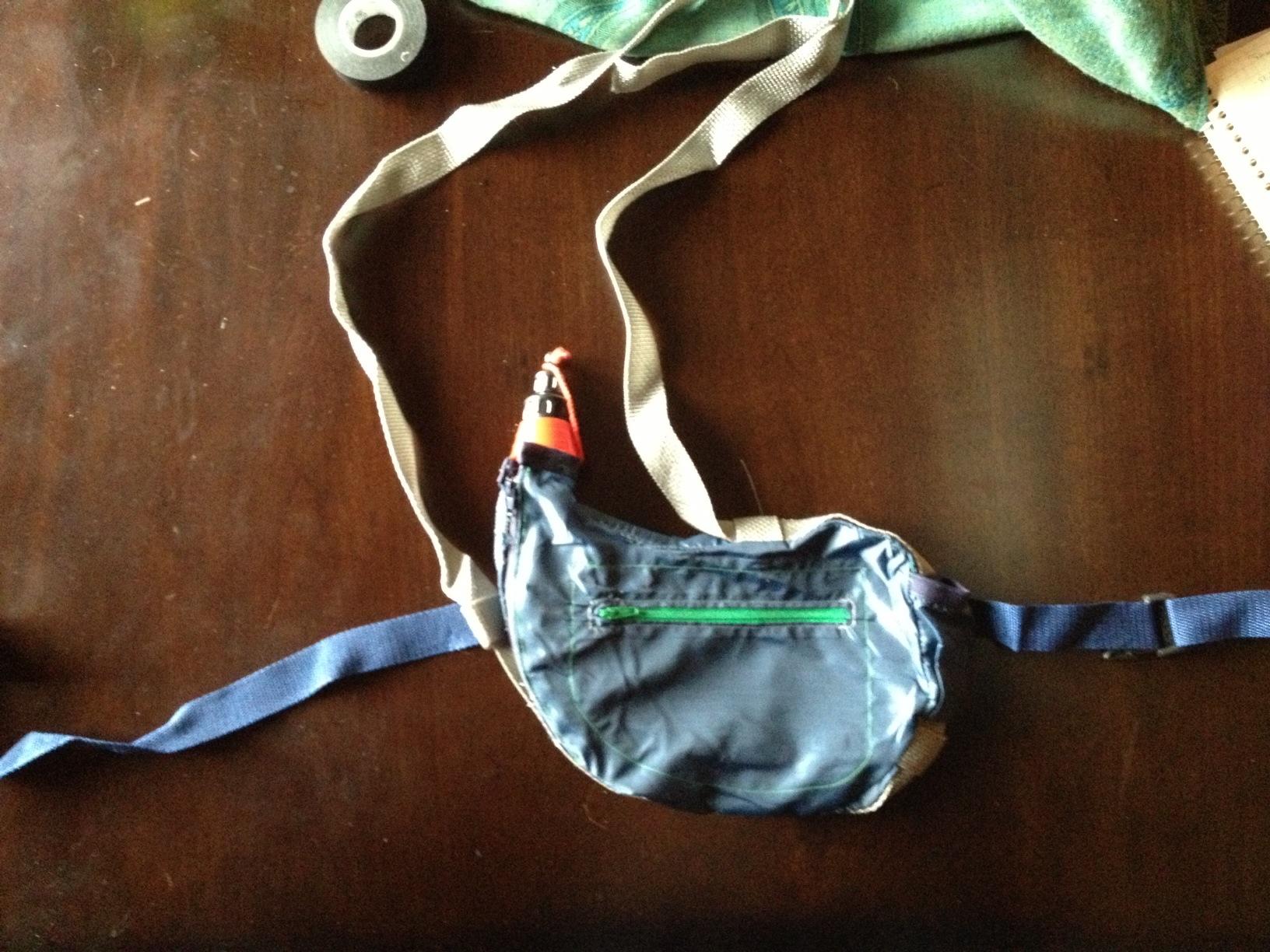 Zahota: the modern bota bag. - image 5 - student project