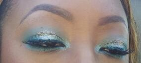 Brighten Your Summer Look: 1 & 2 - image 3 - student project
