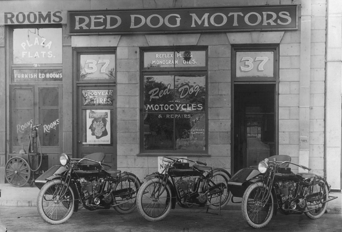 Vintage Motorcycle Builders - image 8 - student project
