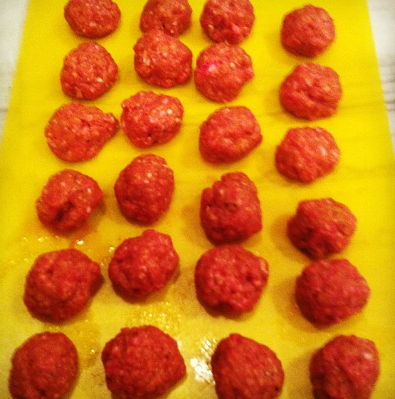 Classic Beef Meatballs - image 1 - student project